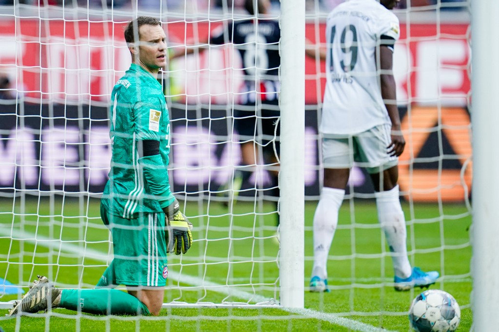 فرانكفورت يقسو على بايرن ميونخ بخماسية في الدوري الألماني
