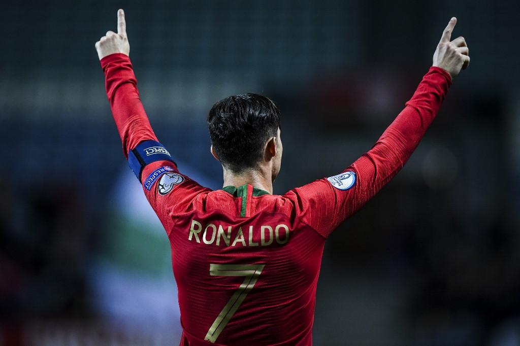 كريستيانو رونالدو يصل إلى 99 هدفاً مع البرتغال