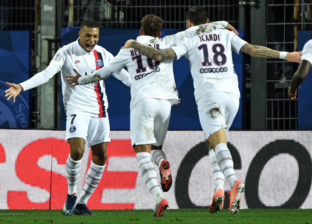 برشلونة يسحق ليون ويتأهل لربع نهائي دوري الأبطال