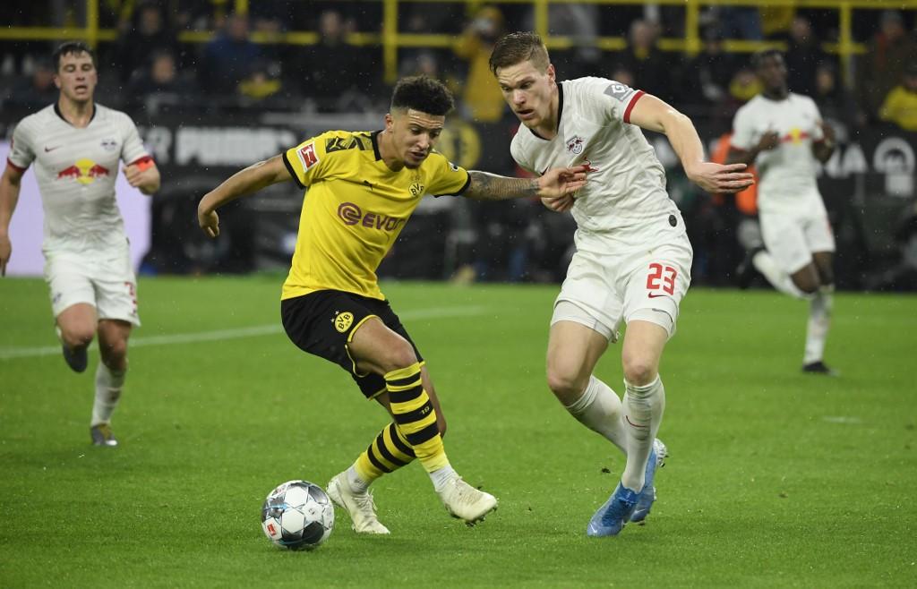 بوروسيا دورتموند يتعادل مع لايبزيج في الدوري الألماني