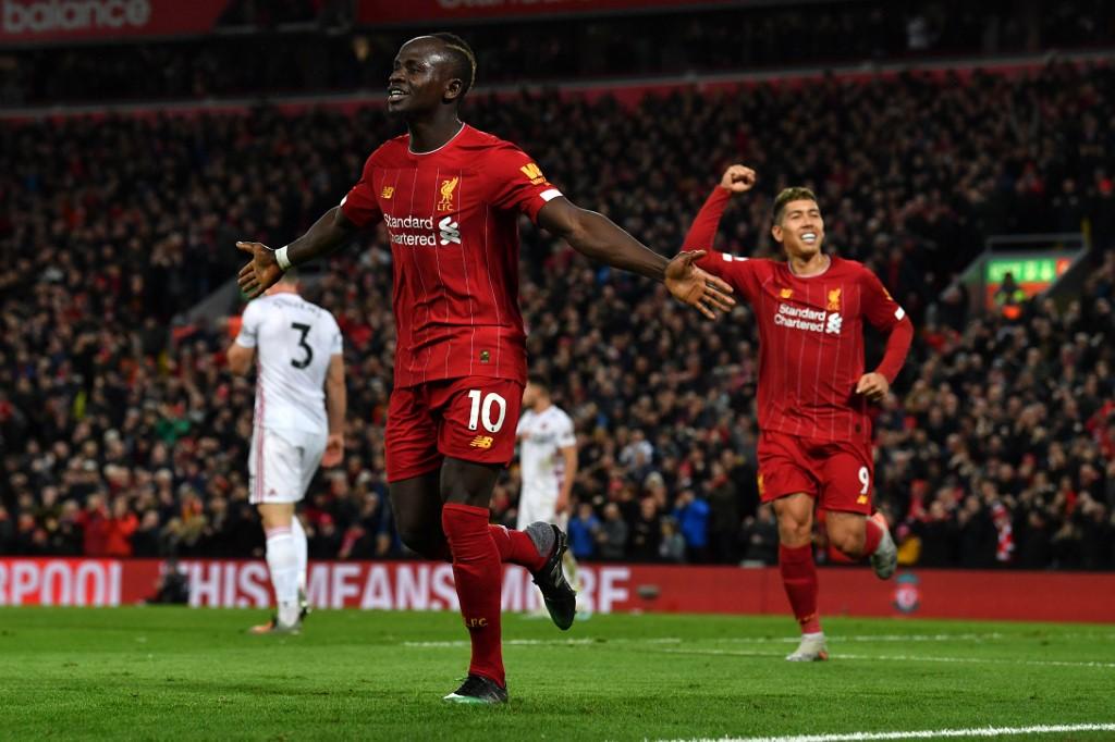 ليفربول يهزم شيفيلد يونايتد ويطير بصدارة الدوري الإنجليزي