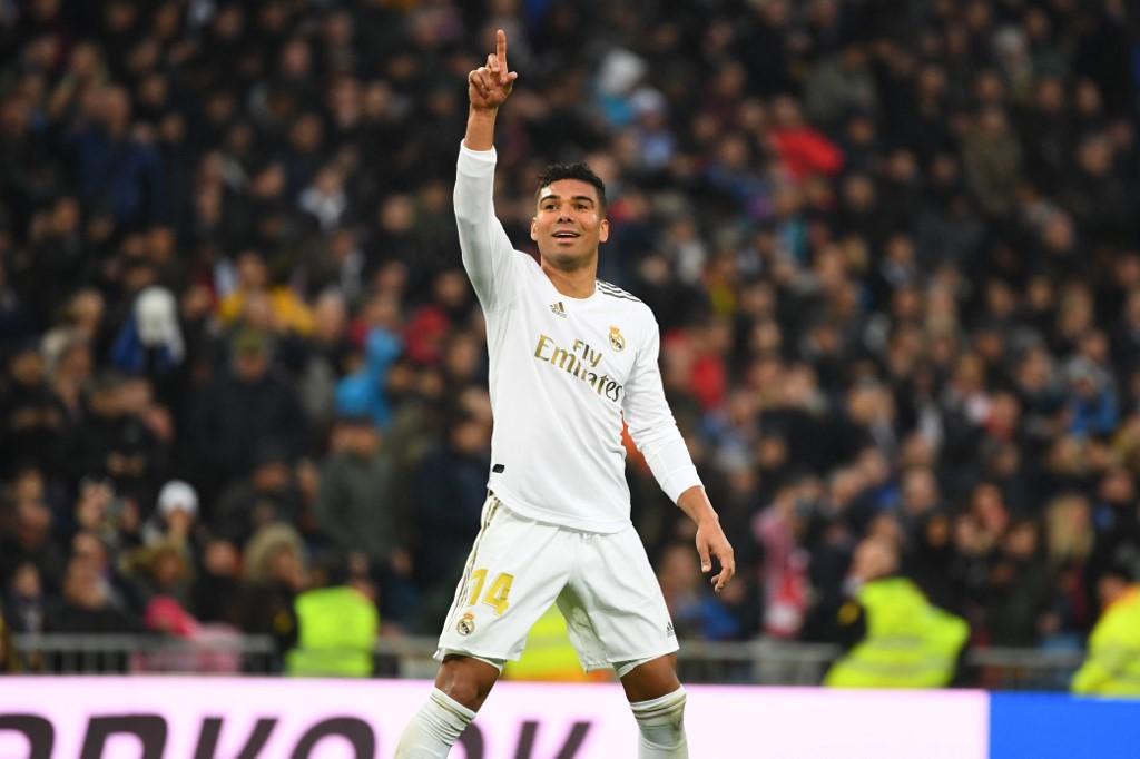 ريال مدريد ينفرد بقمة الليغا مؤقتاً بفوز ثمين على إشبيلية