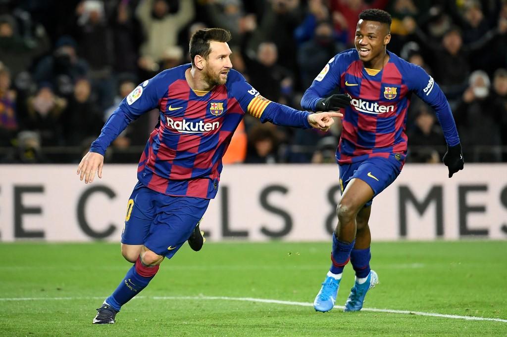 """برشلونة يحقق فوزه الأول تحت قيادة مدربه الجديد """"كيكي سيتين"""""""